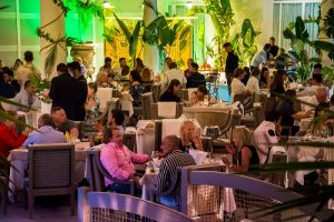 Kitch Social Marbella Puerto Banus Restaurant Restaurante Club Luxury Private (2)